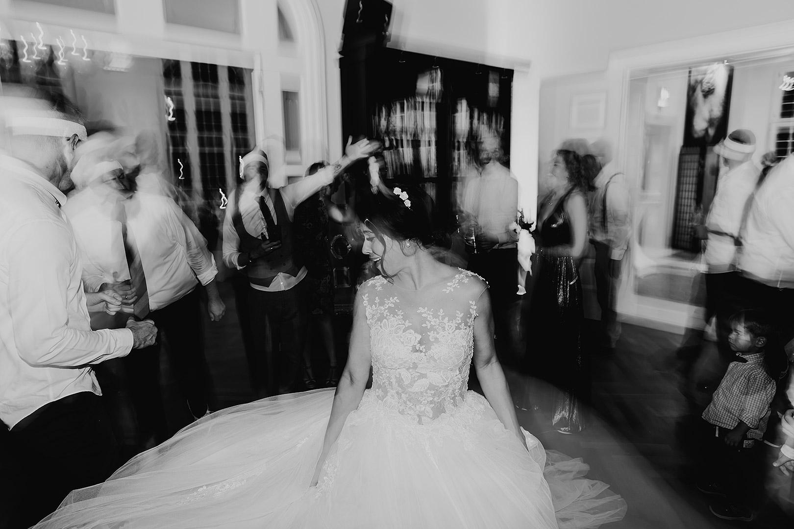 portrait_wedding_maggiundphilip_kirche_53