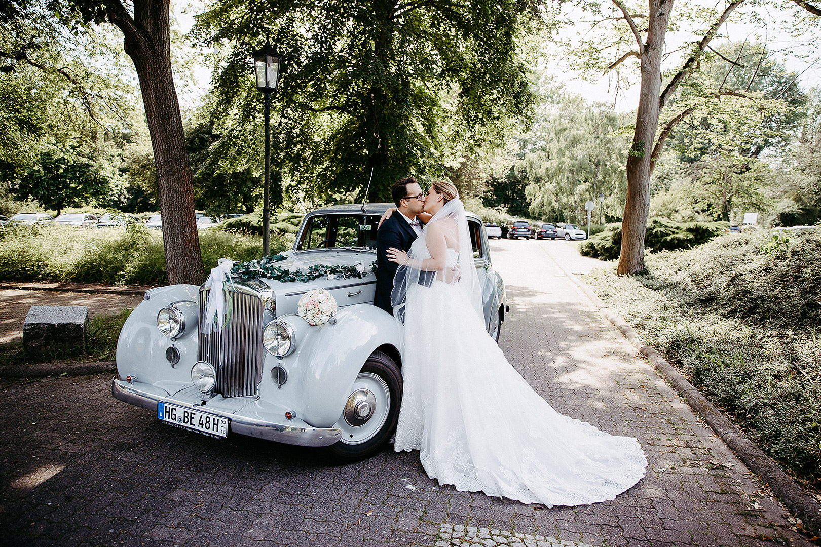 portrait_wedding_sandraundmichael_kirche_10