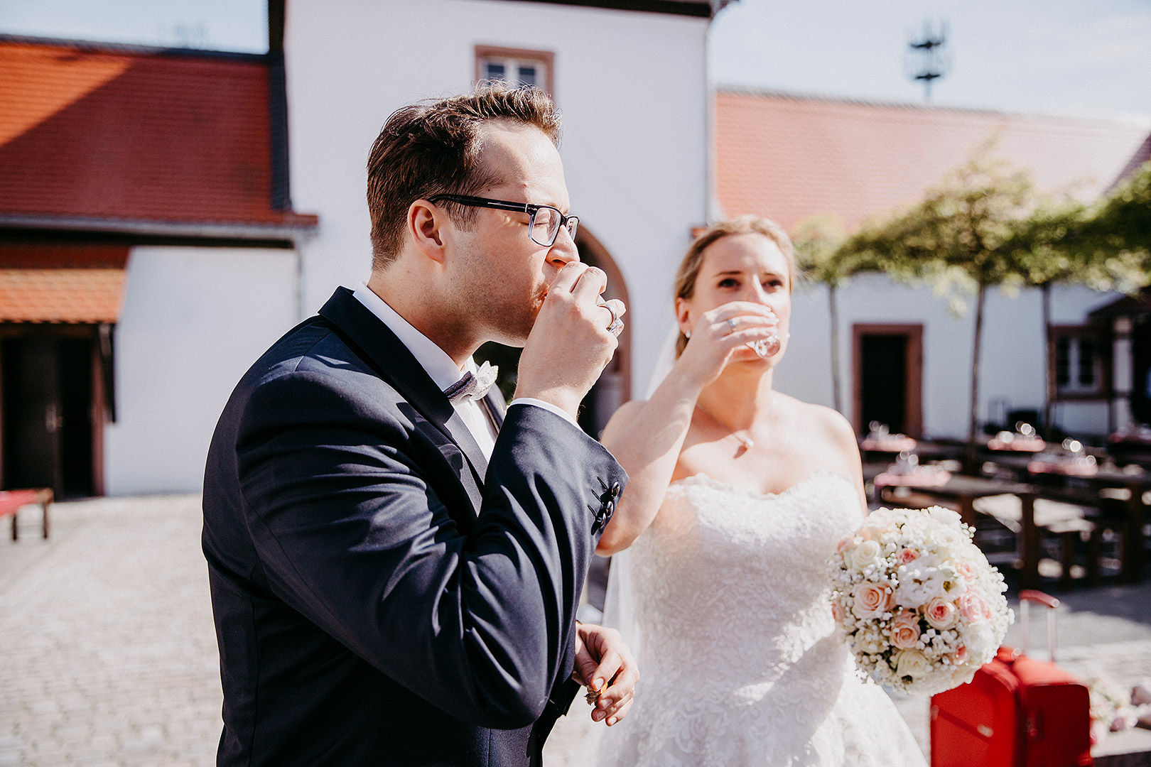 portrait_wedding_sandraundmichael_kirche_38