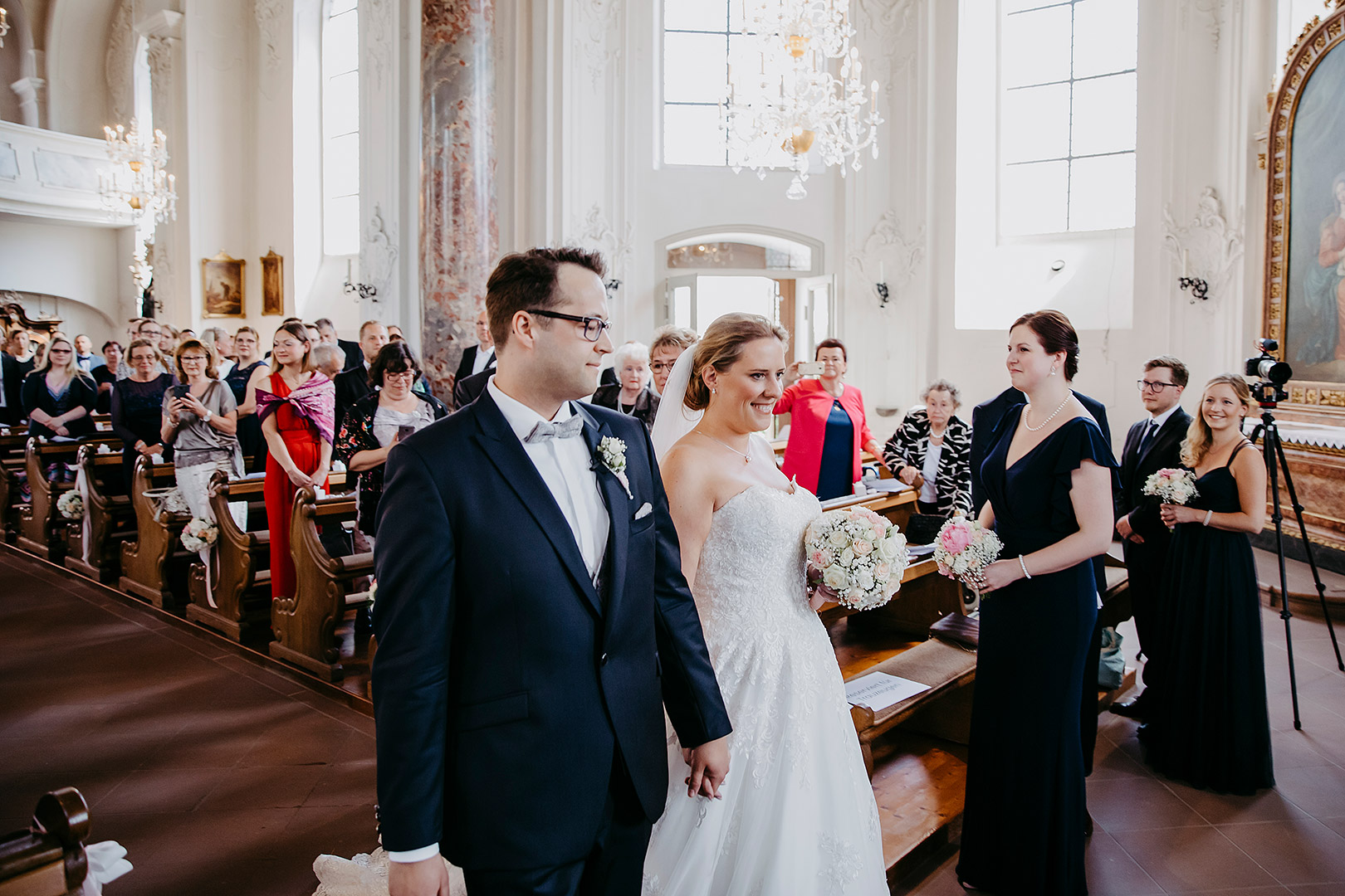 portrait_wedding_sandraundmichael_kirche_59