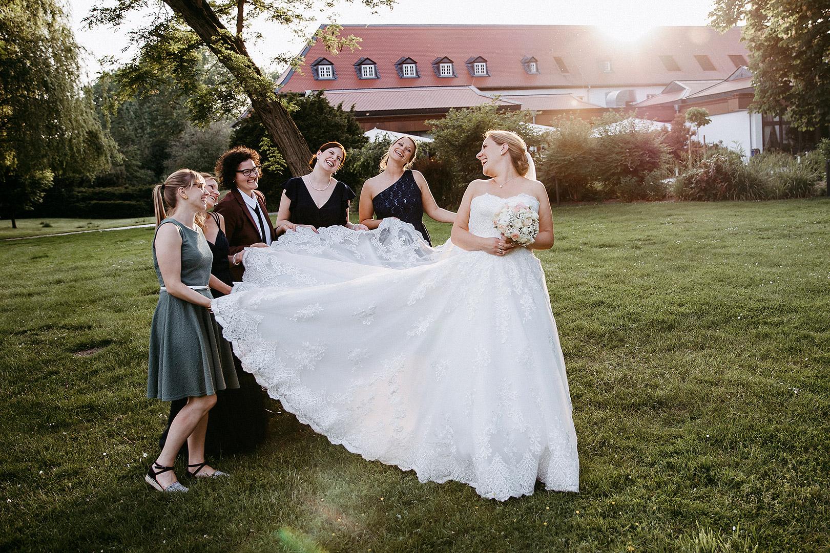portrait_wedding_sandraundmichael_kirche_8