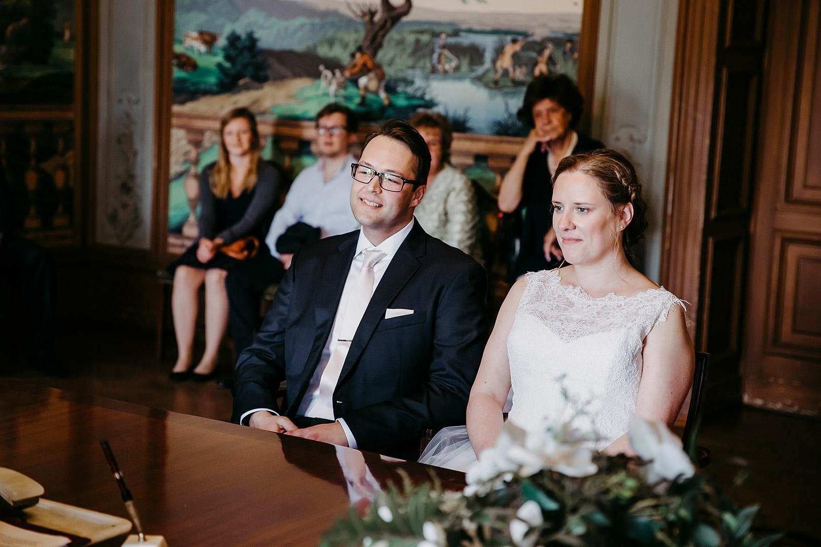 portrait_wedding_sandraundmichael_standeasamt_27