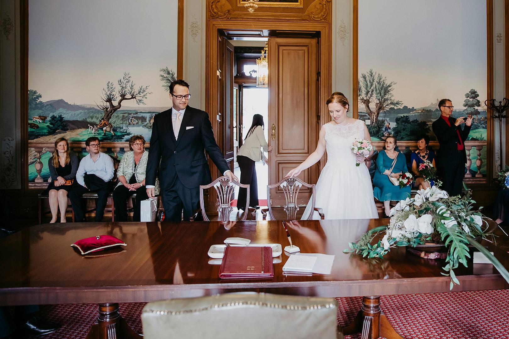 portrait_wedding_sandraundmichael_standeasamt_30