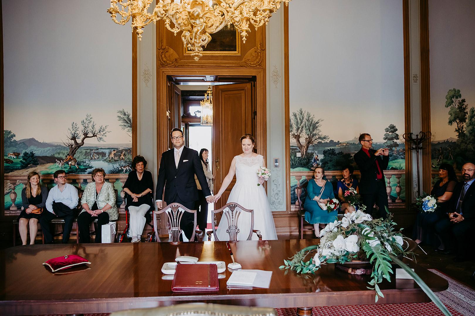 portrait_wedding_sandraundmichael_standeasamt_31