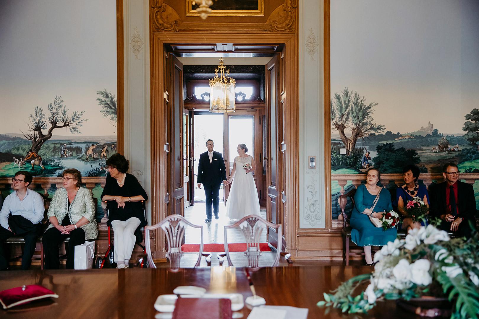 portrait_wedding_sandraundmichael_standeasamt_32