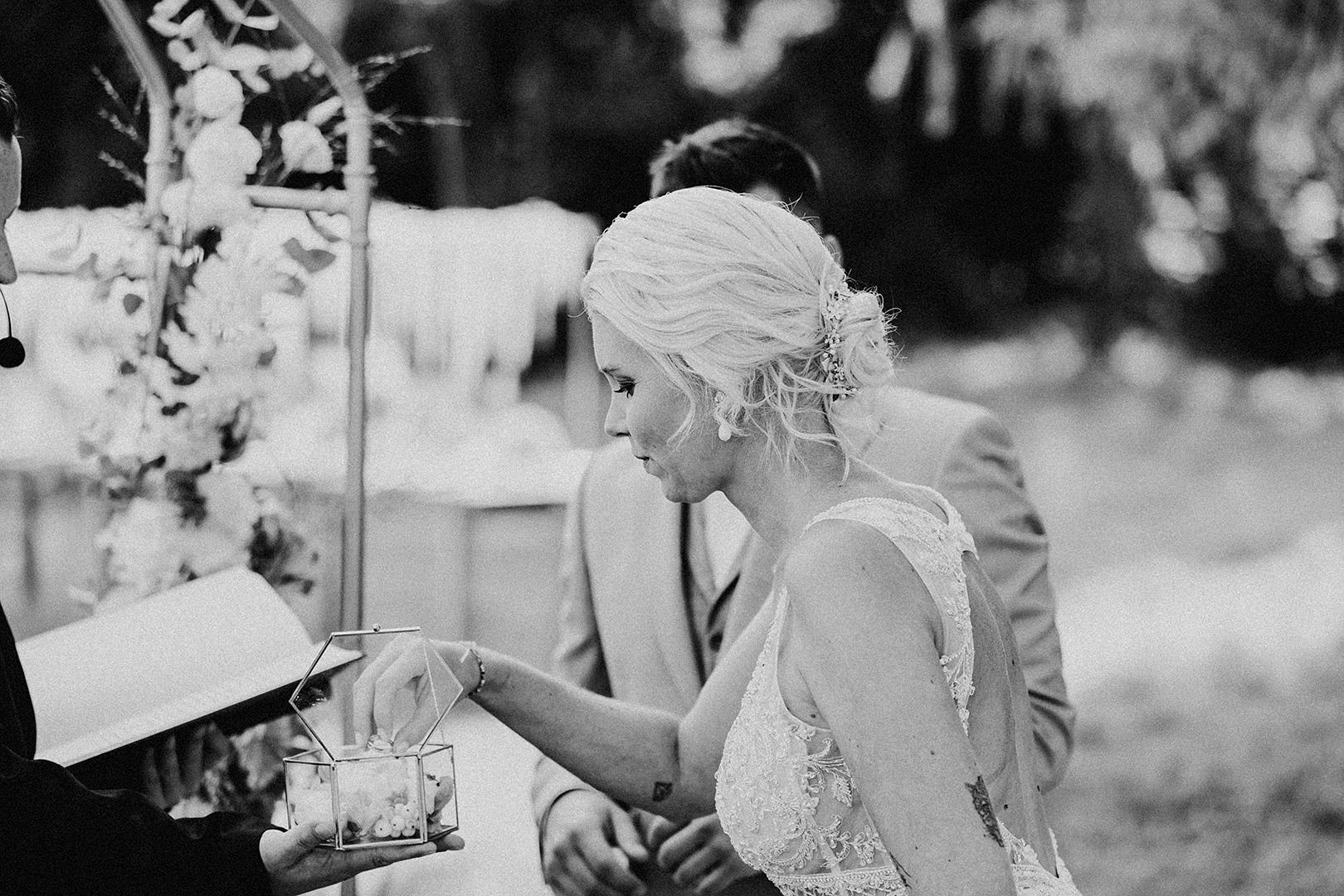 portrait_wedding_seeliebe_birkensee_24