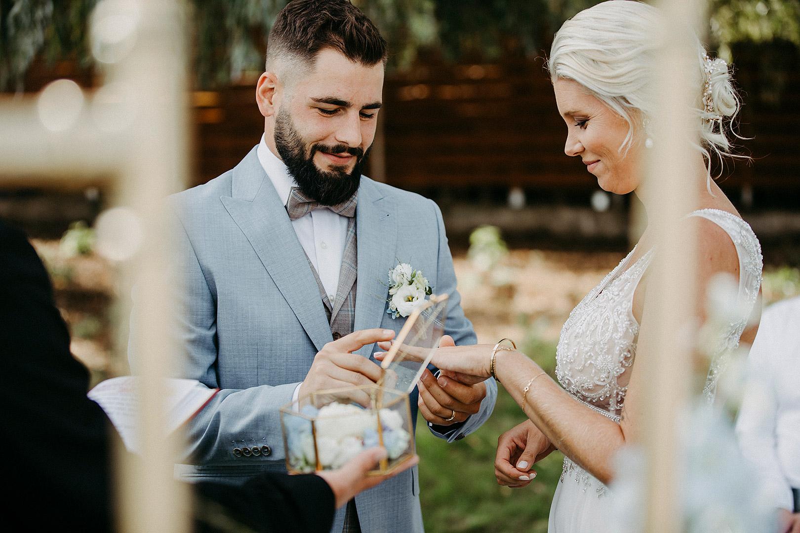 portrait_wedding_seeliebe_birkensee_27